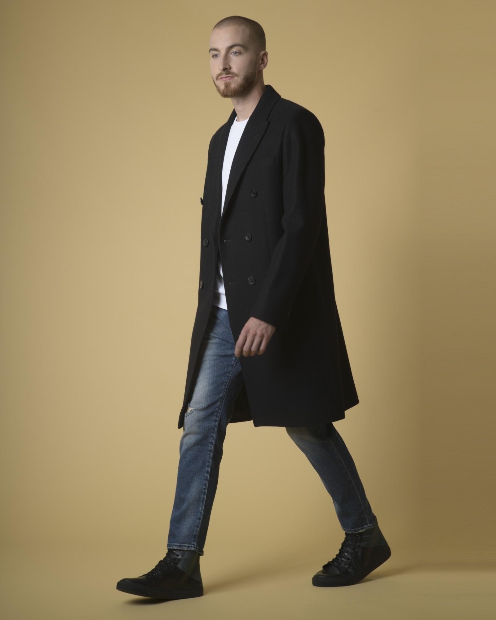 Manteau cintré en laine noir Edition M.R