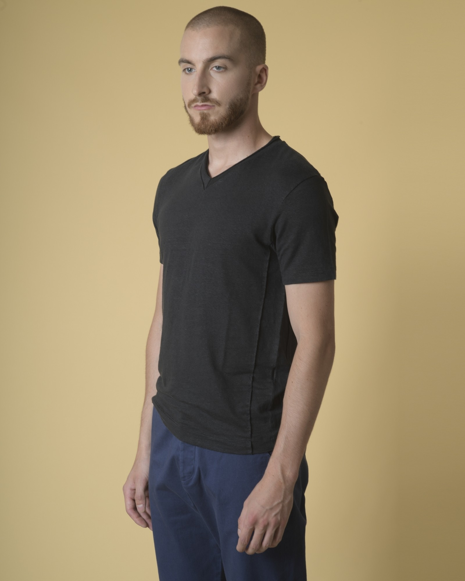 T-shirt en lin à col V Daniele Fiesoli