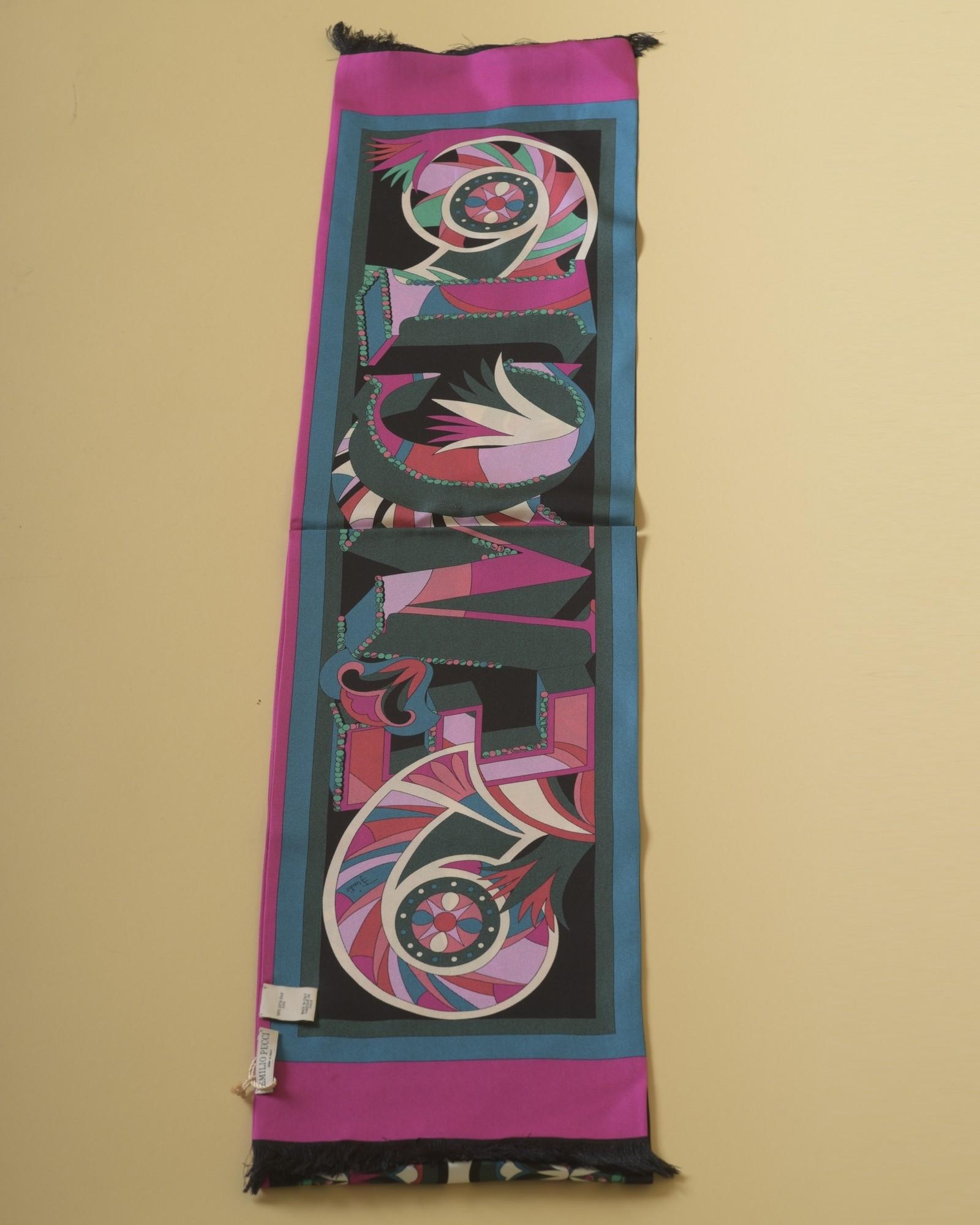 Foulard en sergé de soie imprimé mandala Emilio Pucci