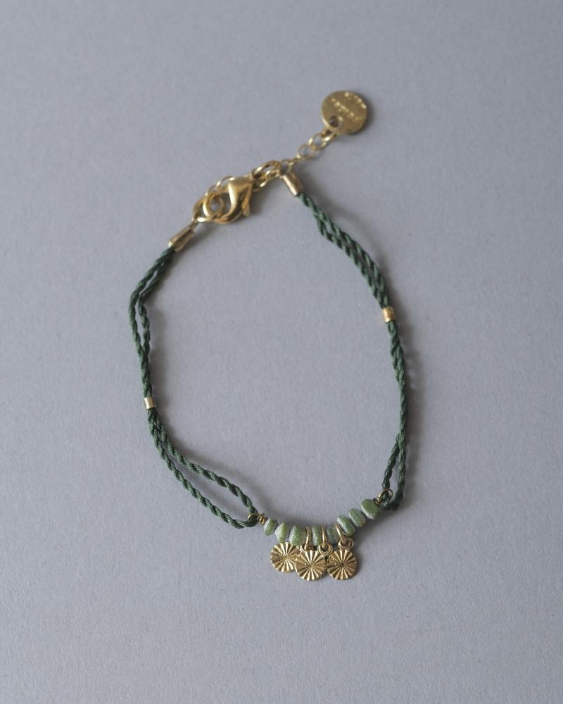 Bracelet doré et corde Polder