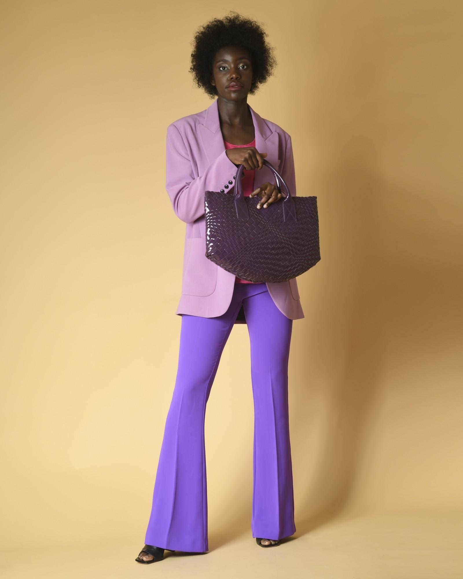 Sac à main en cuir vernis tressé violet Falorni