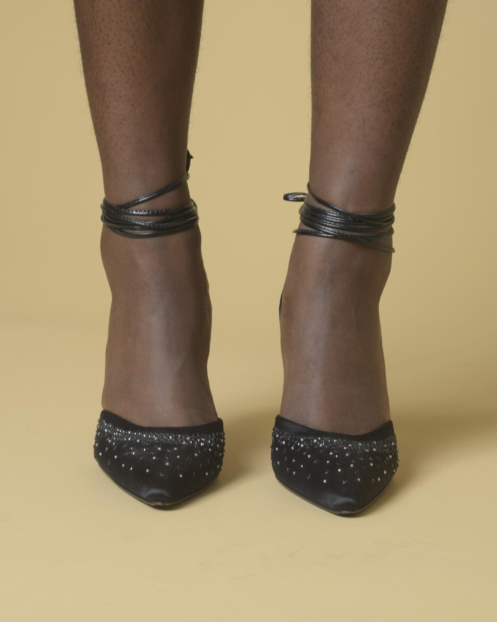 Escarpins noirs avec strass Blumarine