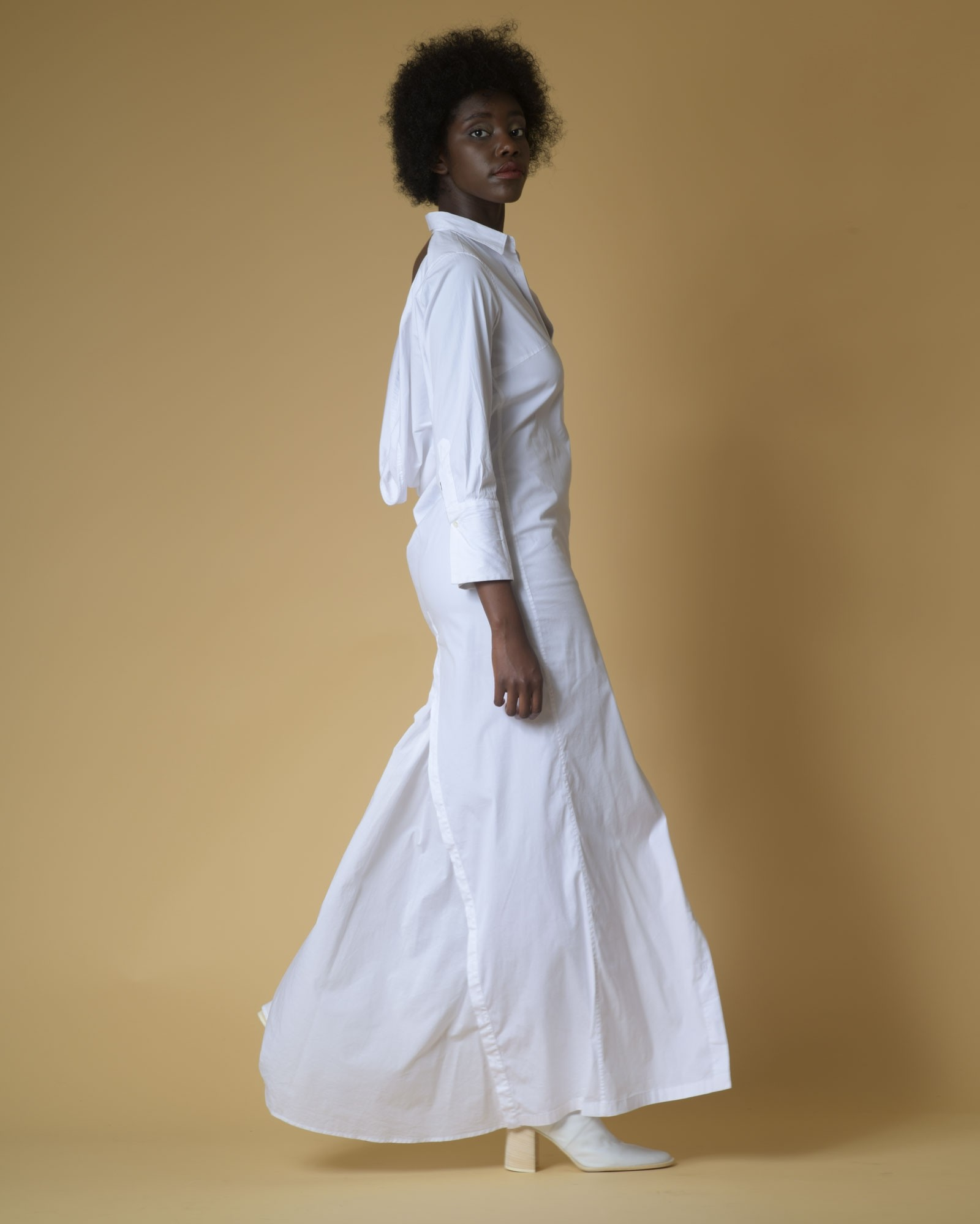 Robe chemise blanche dos nu...