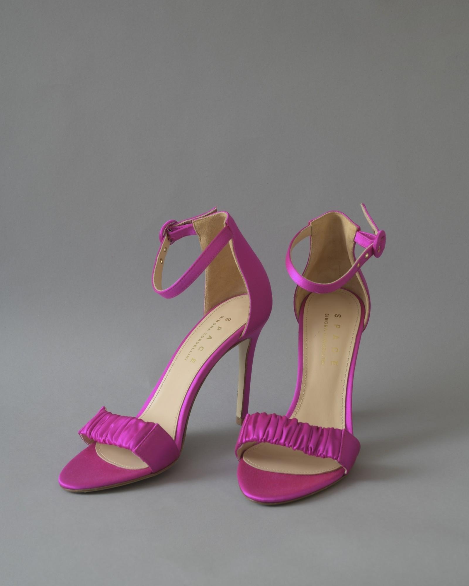 Sandales en satin à brides fuchsia Space