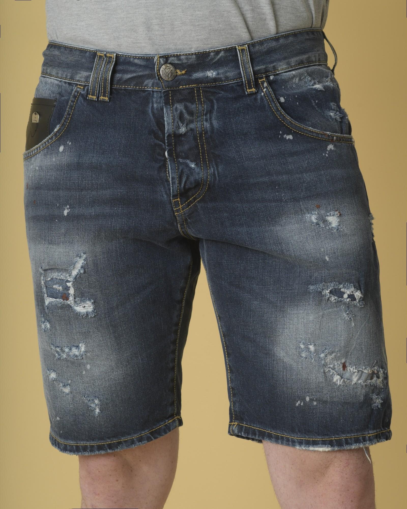 Short en jean bleu effet...