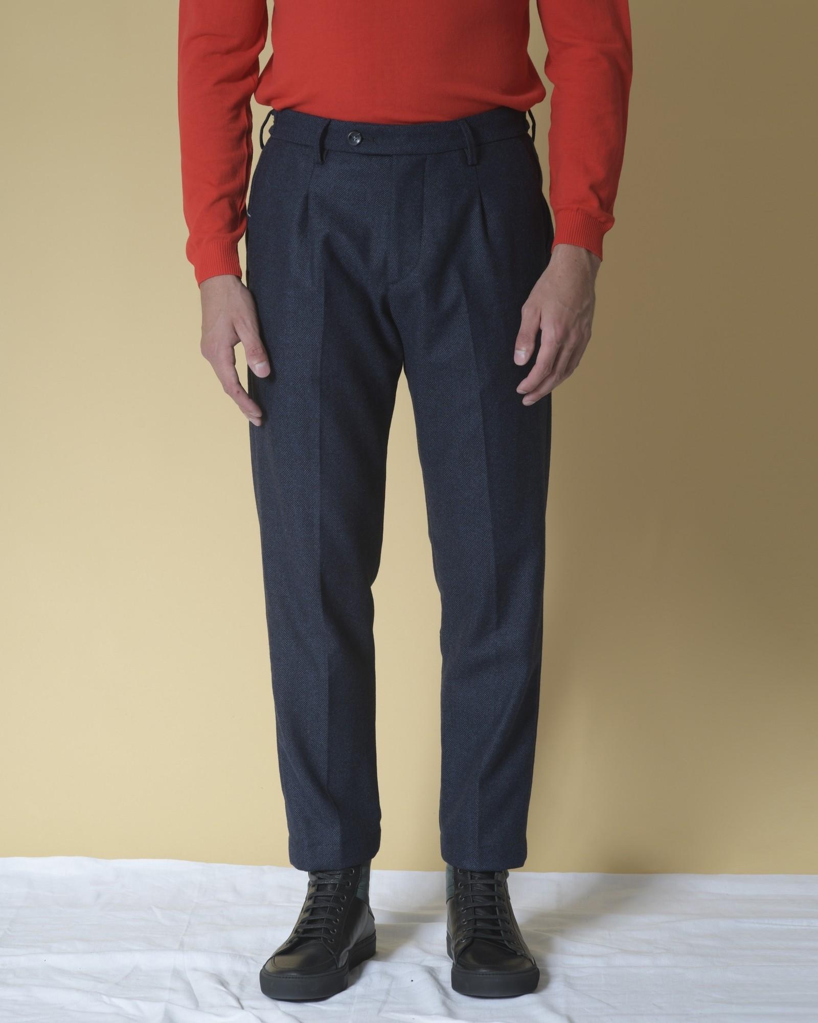 Pantalon fuselées en laine...