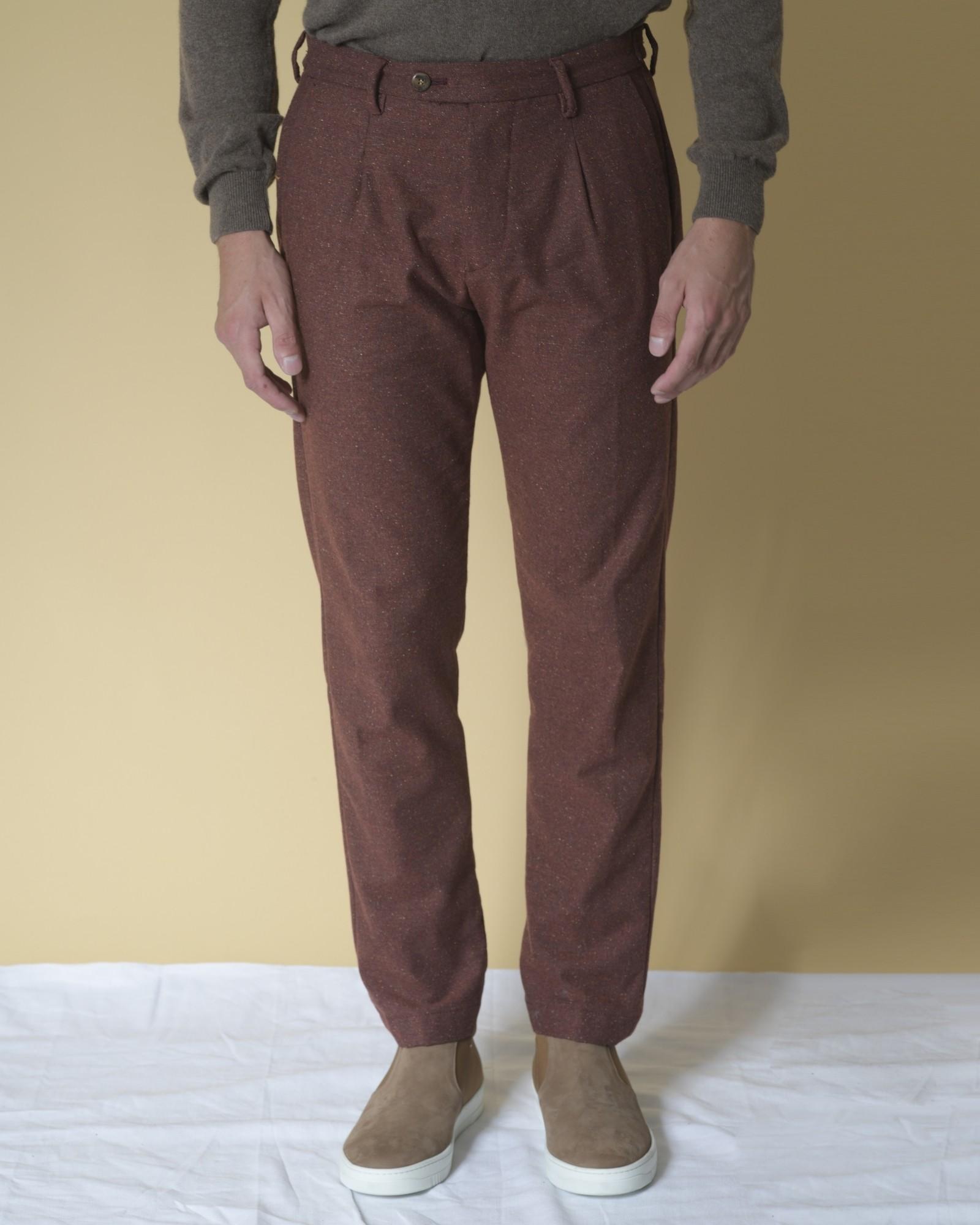 Pantalon en coton et laine...