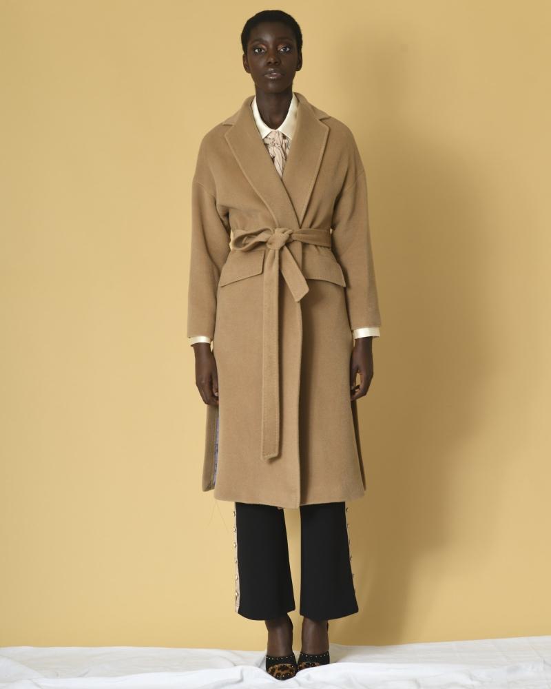 Manteau en laine à ceinture...