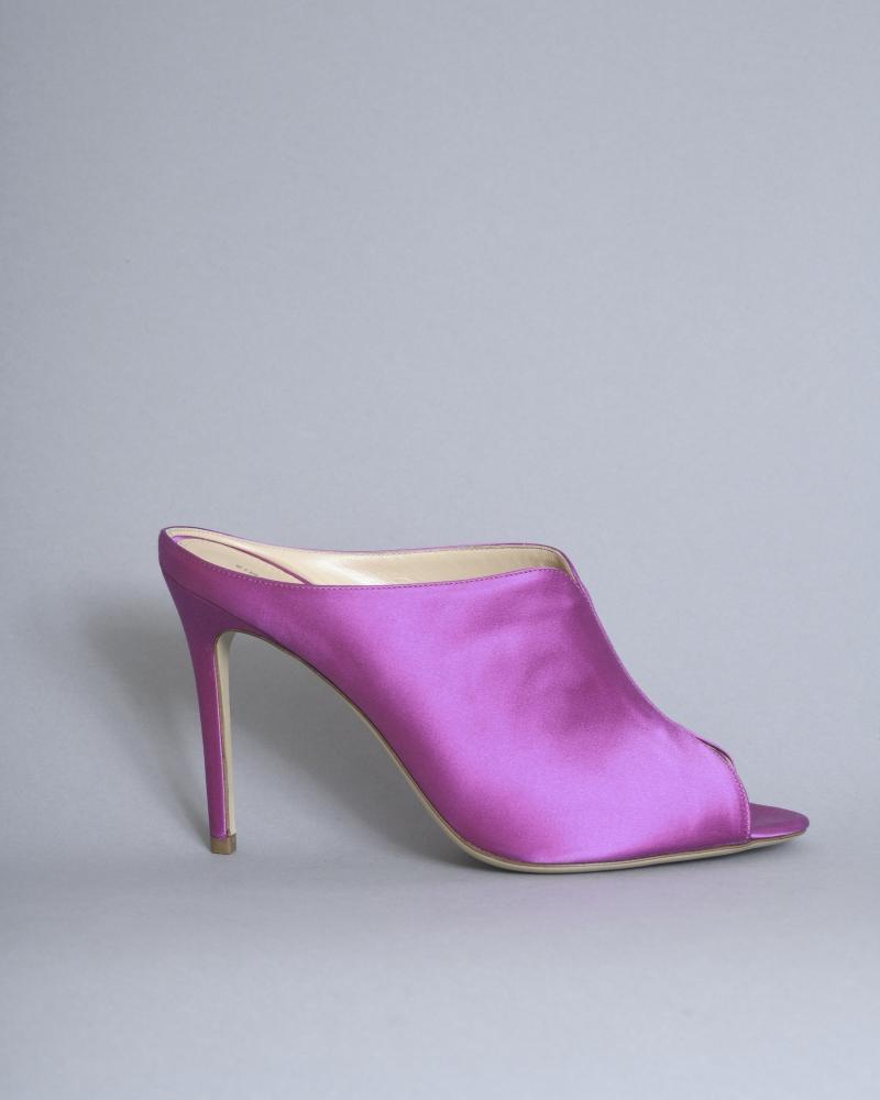 Sandales satinées à talon...
