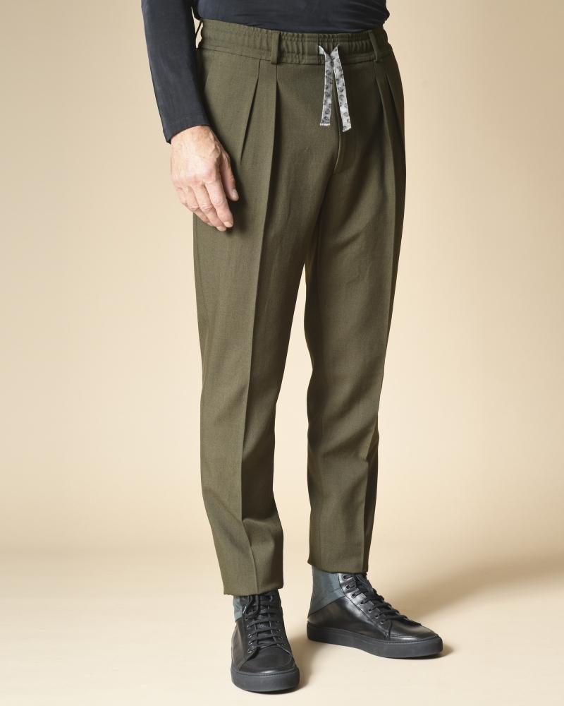 Pantalon en laine mélangée...