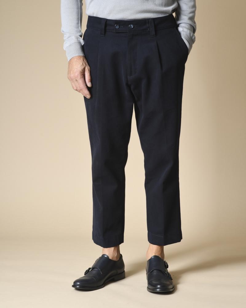 Pantalon bleu en coton Cruna