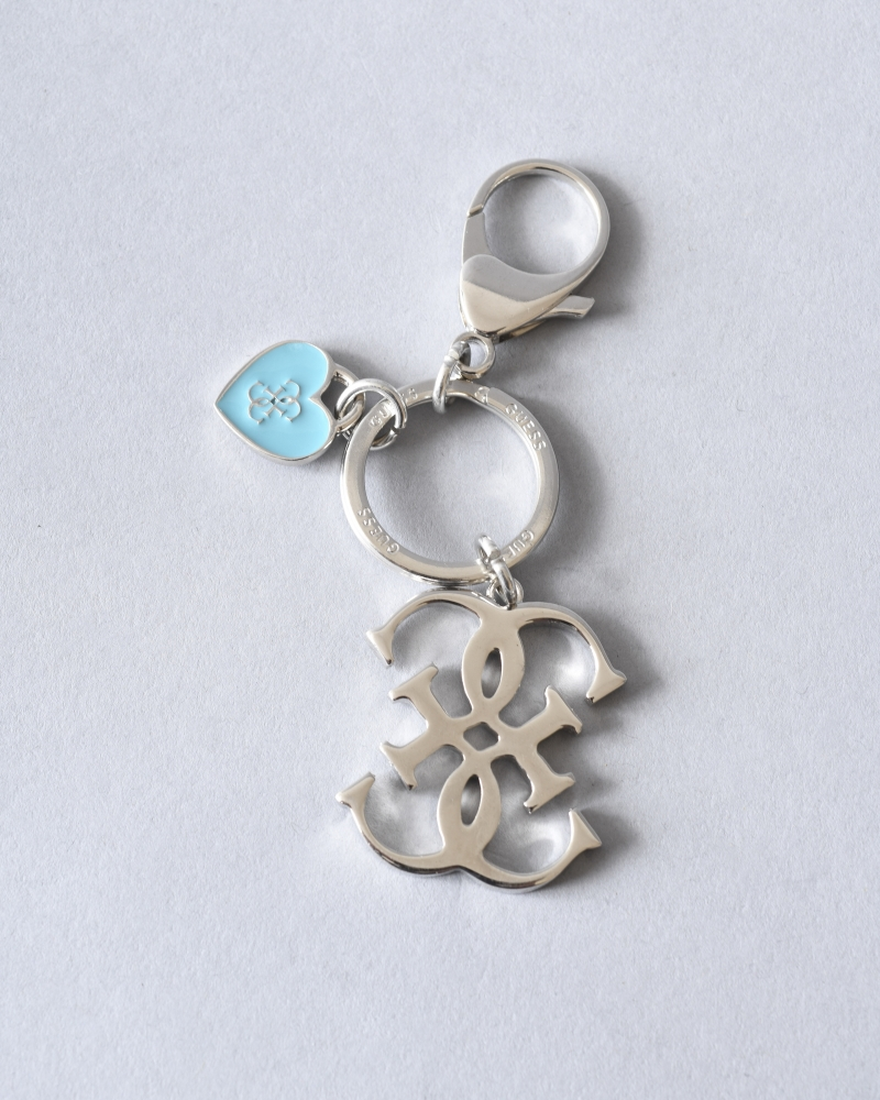 Porte-clés argenté à cœur...