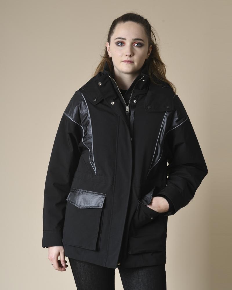 Manteau à capuche et gilet...