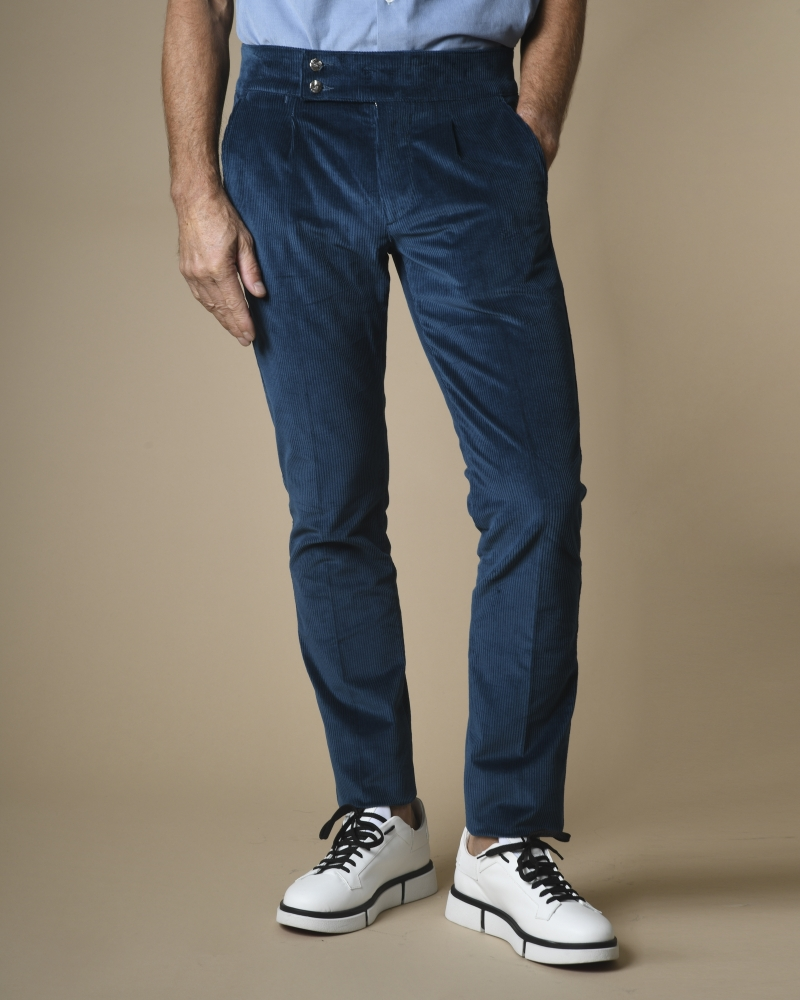 Pantalon en velours côtelé...