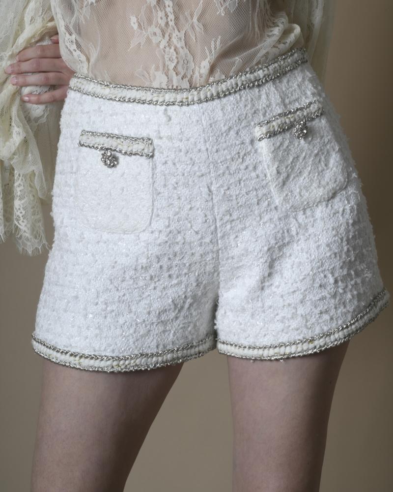 Short en tweed à fils...