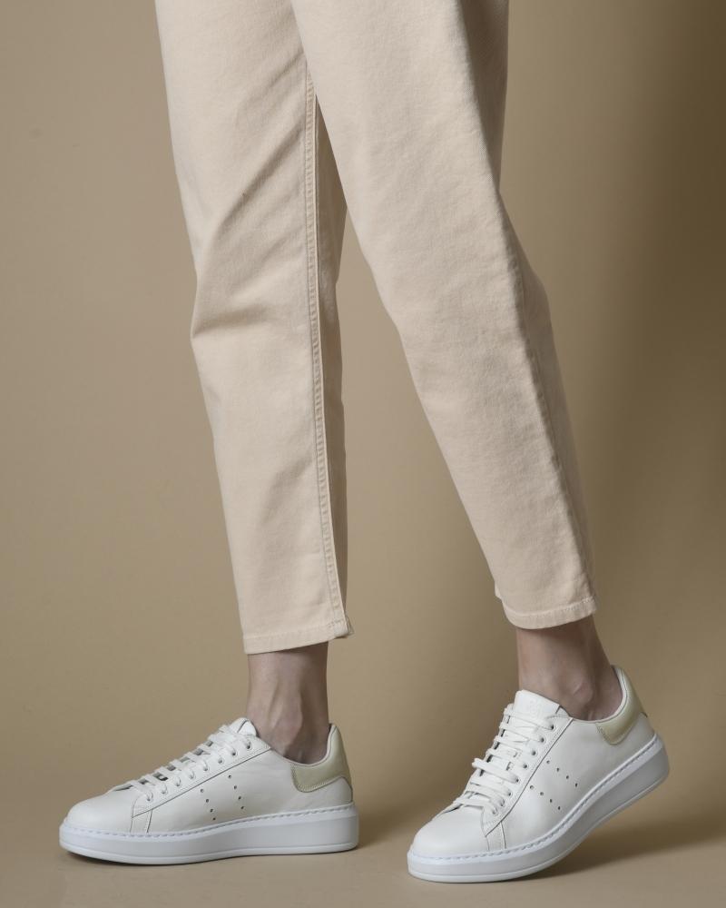 Basket blanche et beige...